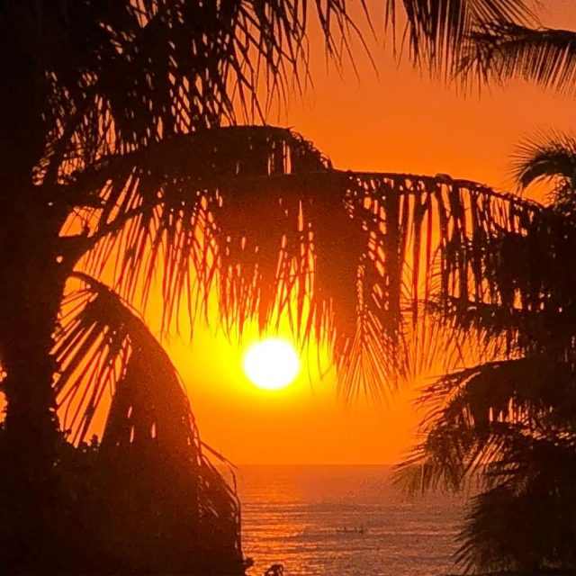 The end of another great day! hawaiiansunset luckywelivehawaii waikikibeach